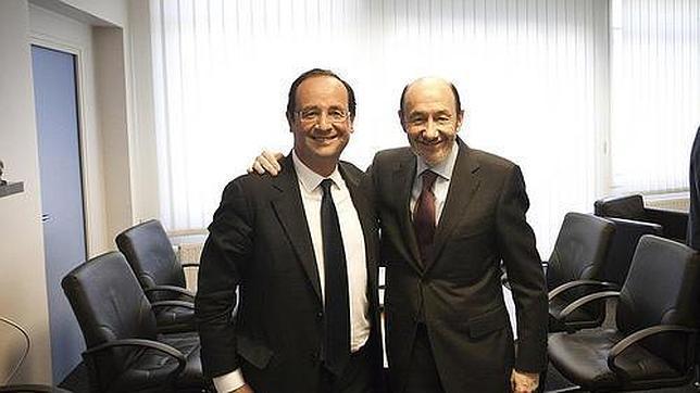 Hollande apuesta por las subidas de impuestos para reducir el déficit